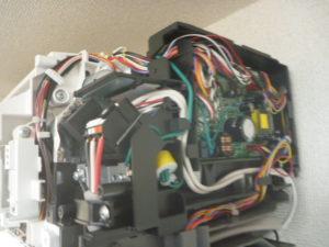 東京都大田区、富士通2014年製AS-R22Dお掃除機能付きエアコン電装部