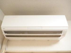 東京都大田区、富士通2014年製AS-R22Dお掃除機能付きエアコンクリーニング