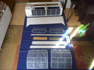 東京都杉並区和泉エアコン分解パーツ類洗浄後
