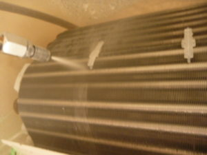 東京都大田区田園調布、パナソニック2012年製CS-712CXR2エアコン洗浄中