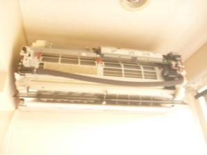 東京都大田区田園調布、パナソニック2012年製CS-712CXR2分解作業中